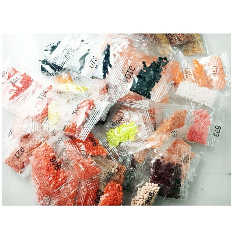 Sachet de 200 diamants de couleur n°970 (Orange fluo) pour broderie diamant